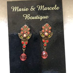 Beautiful earrings!